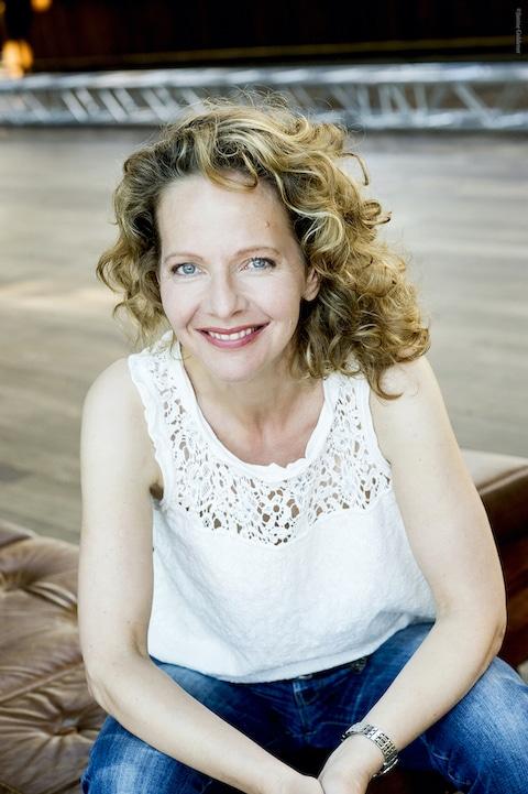 Claudia-jahn-uebermich-astik-coaching-lampenfieber-redeangst-rhetorik-charisma-auftreten-artikulation